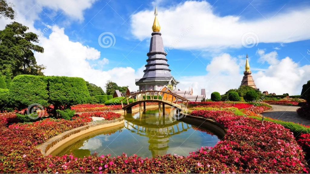 http://www.dreamstime.com/royalty-free-stock-photos-king-queen-stupa-peak-doi-inthanon-image16529638