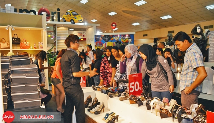 Lễ hội mua sắm giảm giá Malaysia cuối năm